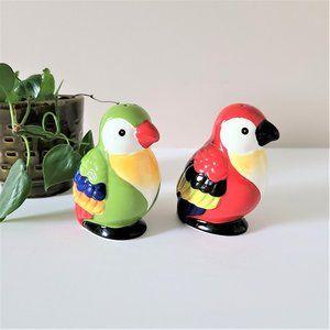 Pier1 ceramic birds salt & pepper shakers.